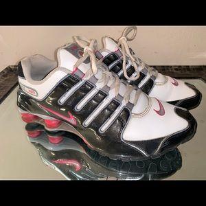 Nike Shox NZ Women's Running Shoes Size 9